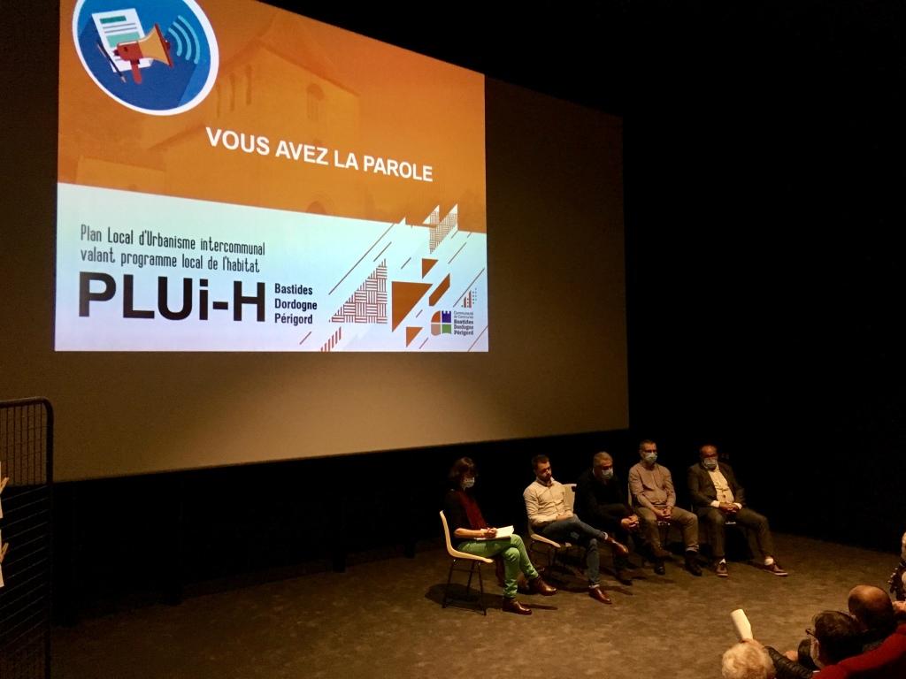 Réunion publique du 6/10/2021 organisée par la CCBDP au Cinéma Lux Louis Delluc