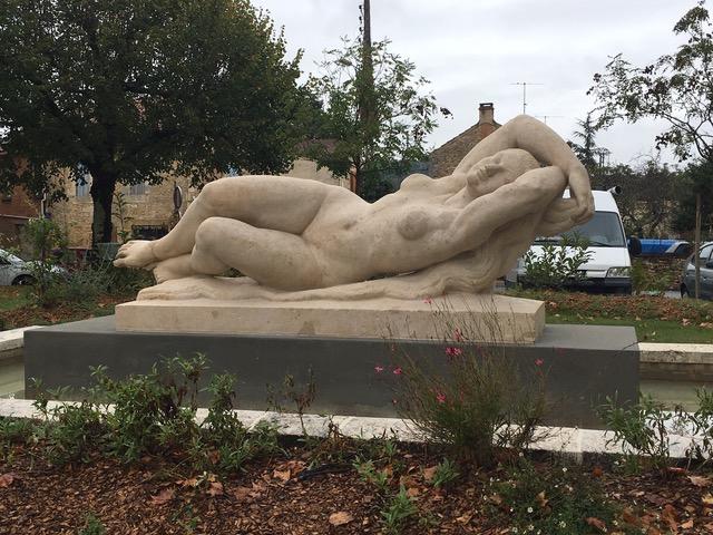 La statue de la Dordogne