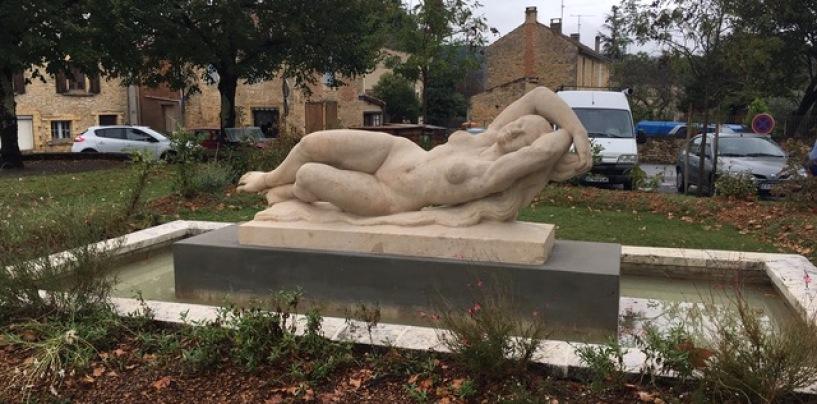 La statue de la Dordogne fait peau neuve