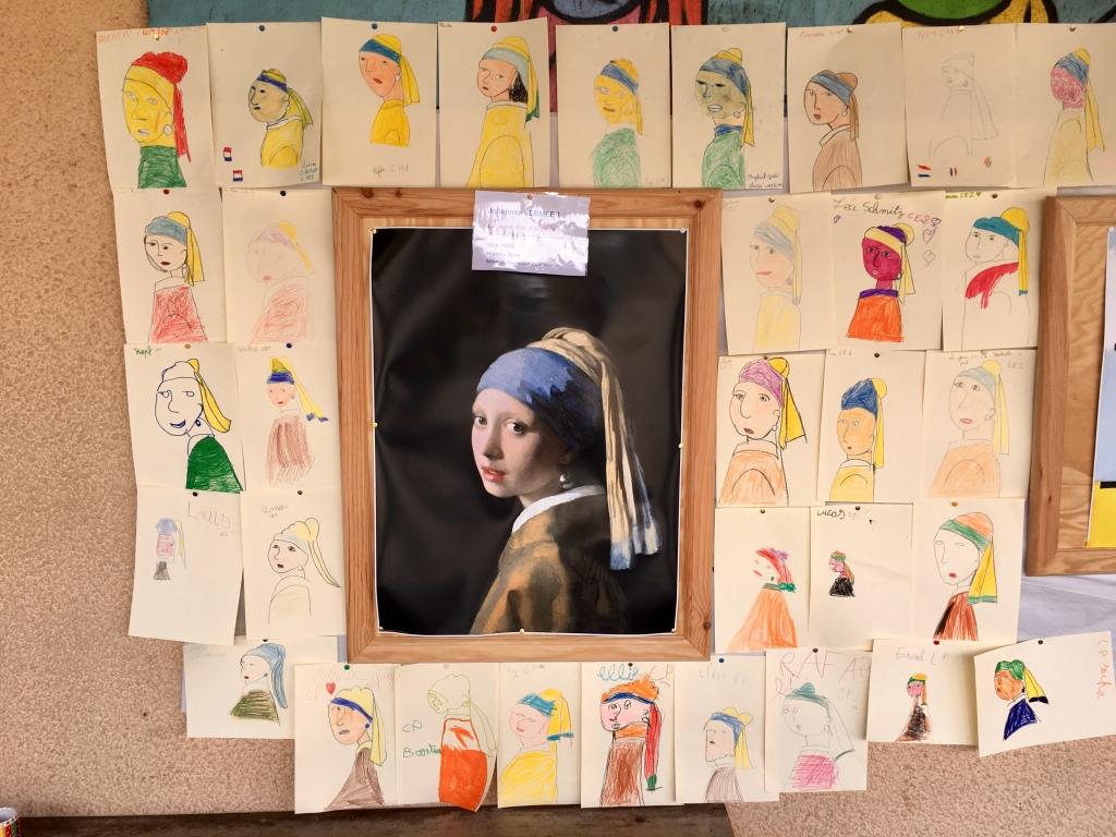 La Jeune fille à la perle et ses interprétations scolaires