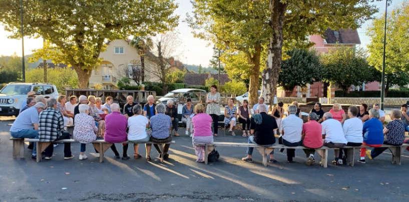 Réunions publiques dans les quartiers et villages